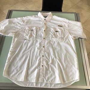 Columbia Men's white shirt sleeve shirt